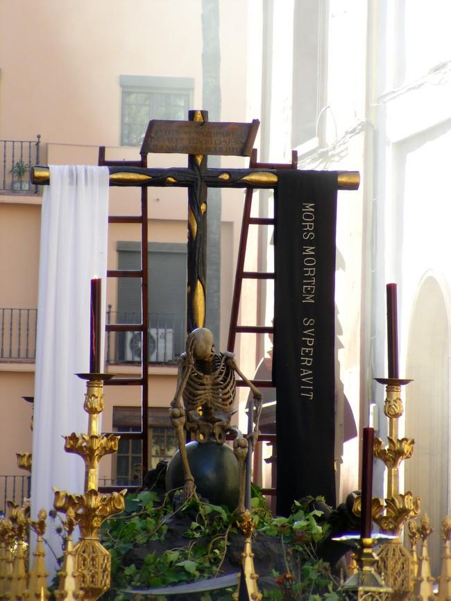 https://huidadelmundanalruido.zoomblog.com/archivo/2009/04/28/sabado-Santo-En-Sevilla-.html