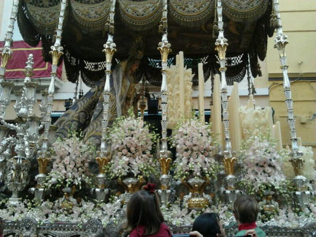 virgen-angeles-jueves-santo