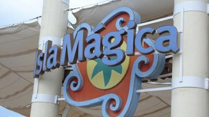 entrada-isla-magica-parque-ugt-a