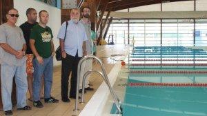 Antonio Rodrigo Torrijos ha asegurado que el Ayuntamiento mantiene abiertas el 60% de las piscinas recreativas de la ciudad y ha subido el precio de este servicio / Sevilla Actualidad