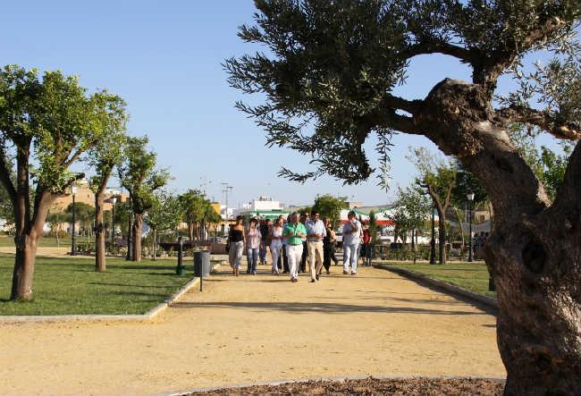 parque de los hermanamientos los palacios