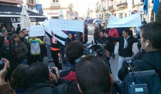 protesta-vecinos-triple-muerte-crivas