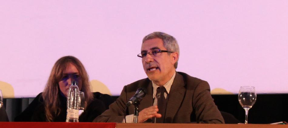 Gaspar Llamazares en el acto celebrado este miércoles en el Pabellón de Uruguay de Sevilla / Juan Carlos Romero