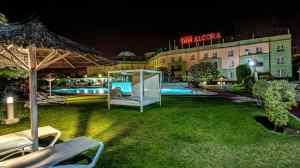 FACHADA HOTEL ALCORA
