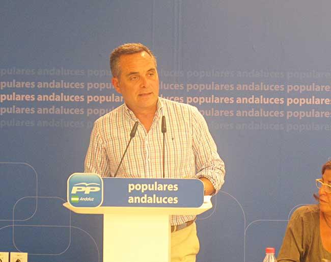 Juan Bueno, presidente del PP de Sevilla
