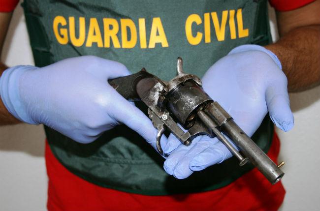 revolver-guardiacivil