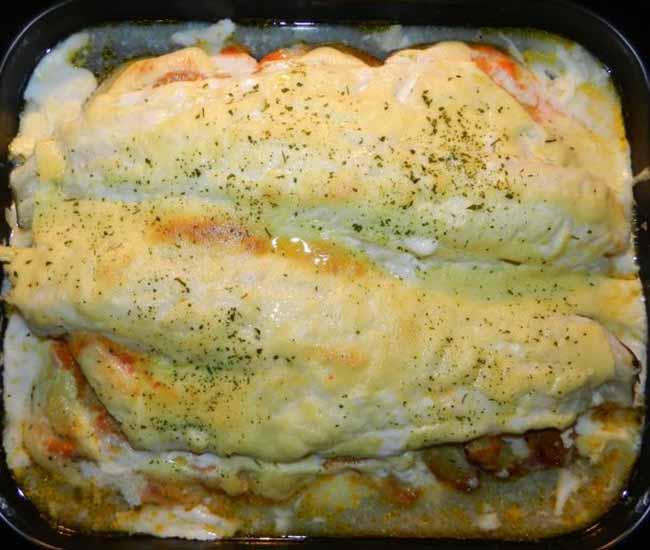 Lomos limpios de bacalao fresco con salsa de mayonesa al ajo (ali-oli)