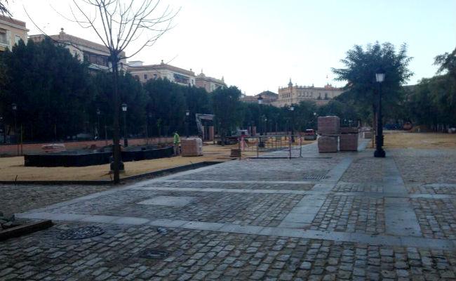 jardines-prado-sin-biblioteca-thommyglez-twitter
