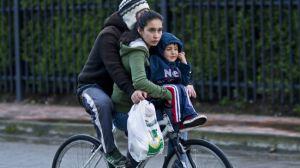 familia-paseando-bicicleta-claudio-olivares-medina-flickr