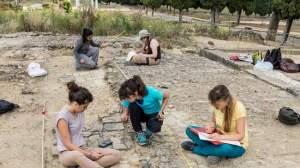 escavaciones-patio-rodio-italica