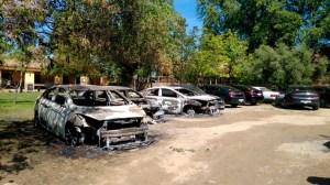 Los coches de Cabify quemados durante la Feria de 2017 /SA
