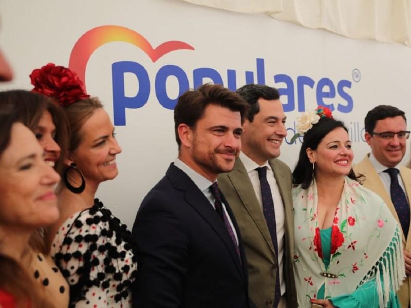 Beltrán Pérez, Juanma Moreno y Virginia Pérez en una edición de la Feria