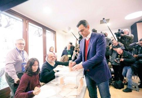 Pedro Sánchez votando el 10N / @sanchezcastejon