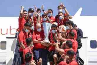 Sevilla FC aeropuerto 5-min