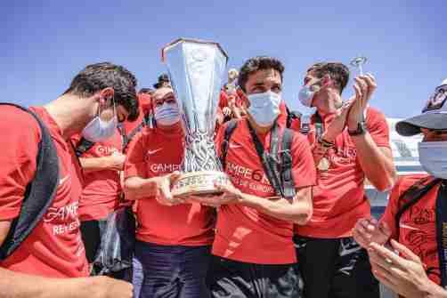 Sevilla FC aeropuerto 6-min