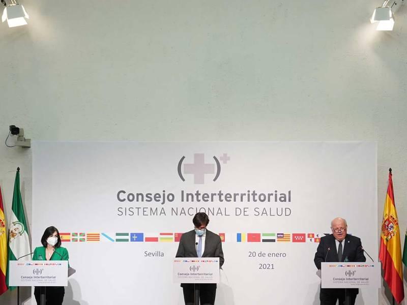Darías, Illa y Aguirre en rueda de prensa en Sevilla