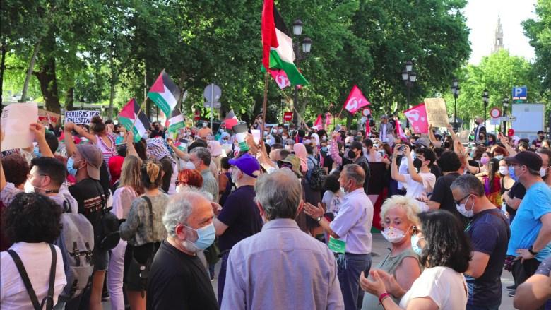 Concentración por La Paz en Palestina