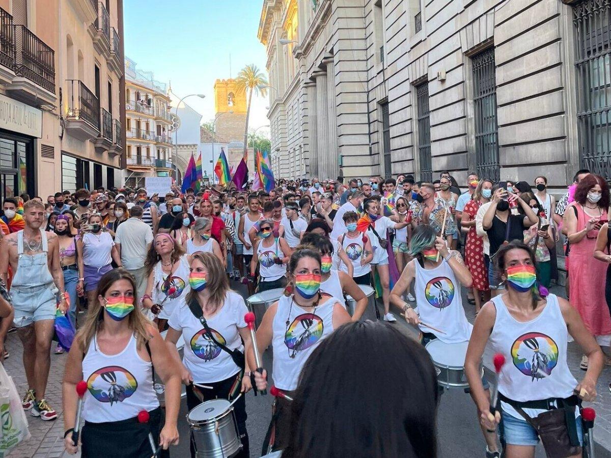 Manifestación del Orgullo 2021 en Sevilla / @Togayther_ES