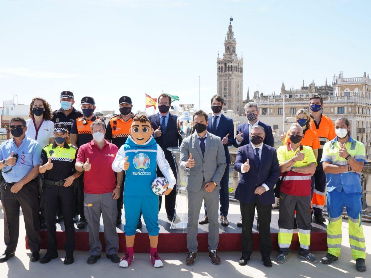 Reunión plan Eurocopa 2021 en Sevilla / Ayto.