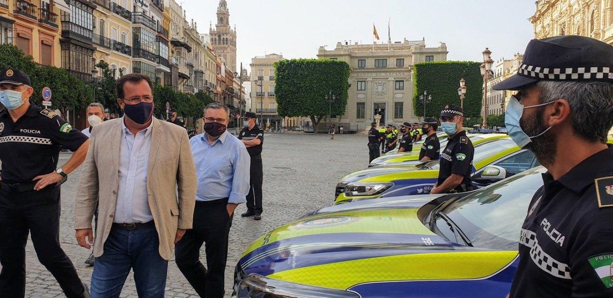 Nuevos vehículos de Policía Local / Ayto.
