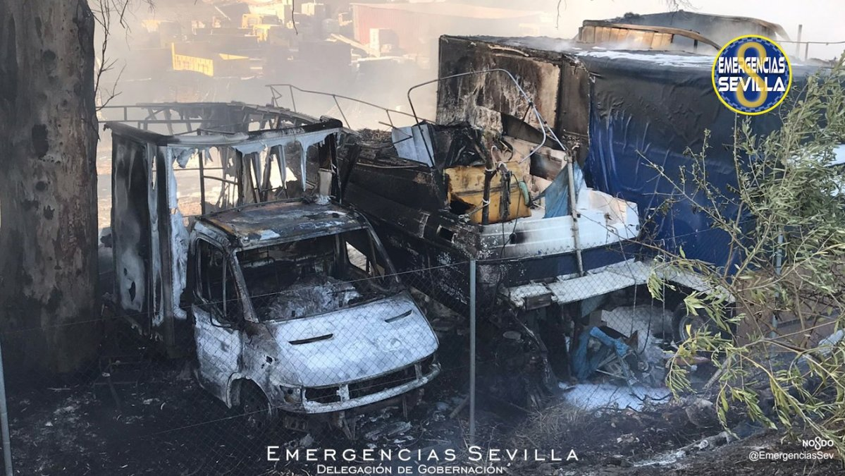 Incendio parking caravanas / ES