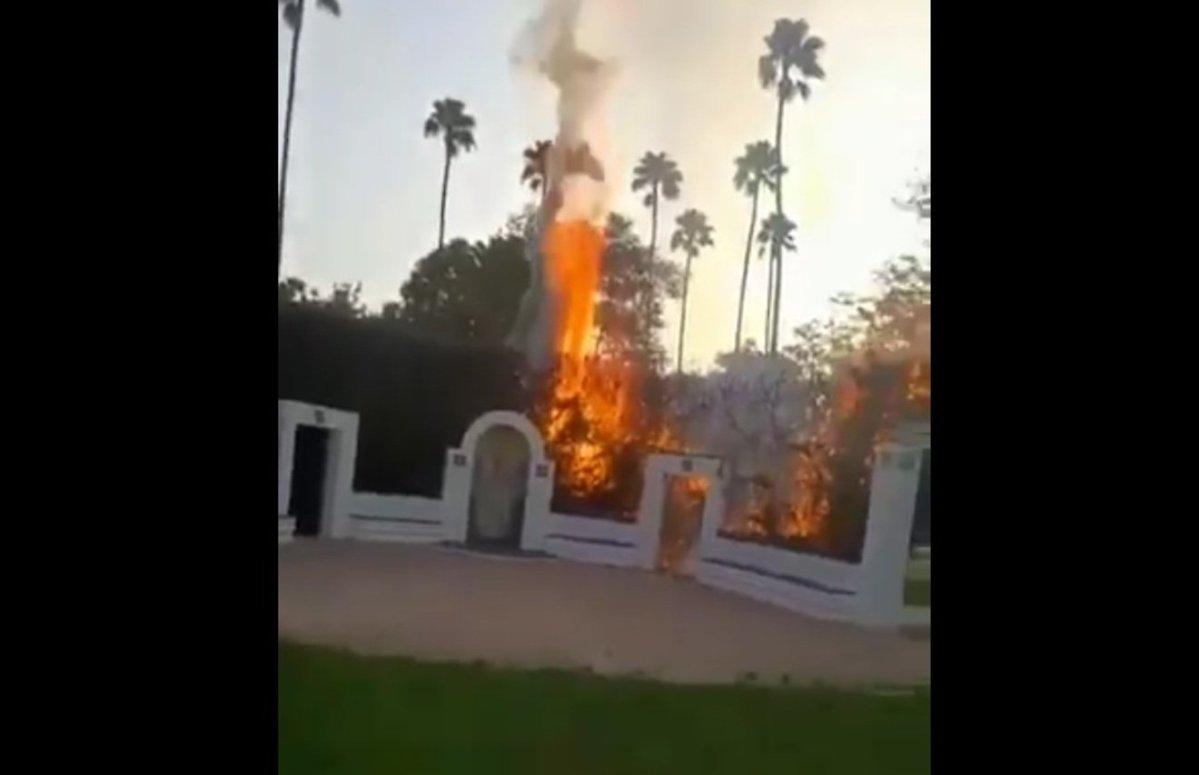 Incendio en la Glorieta de Ofelia Nieto / RRSS