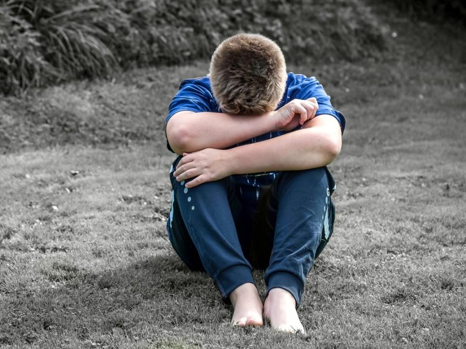 Joven maltratado
