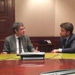 """Beltrán Pérez propone al ministro de Energía el impulso de Sevilla como """"smart city"""""""