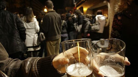Consumo de alcohol en la calle.