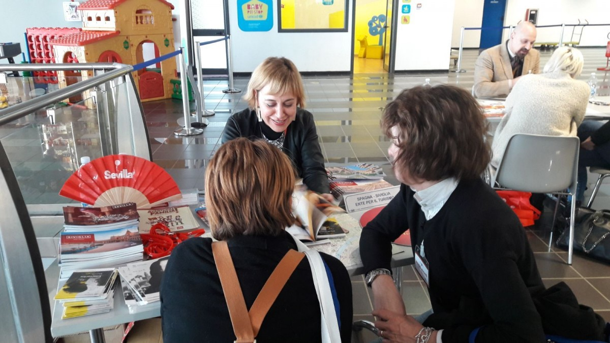 El stand de Sevilla en el Workshop 'Torino Airport Meets Travel Agencies'