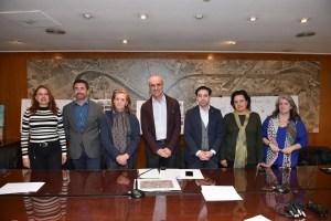 Reunión de las partes afectadas del barrio de Santa Cruz