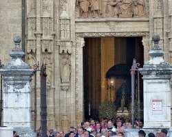 Salve Madre, Virgen de los Reyes y Patrona de Sevilla