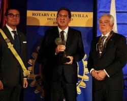 """Antonio Pulido recibe la distinción """"Sevillano del Año 2019"""" de Rotary Club de Sevilla"""