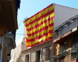 ¿Banderas de España o catalana? Unidos por el humor
