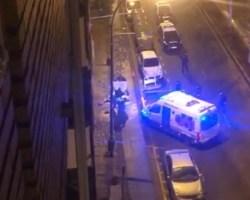 Muere un varón frente a la comisaría de Nervión tras un tiroteo