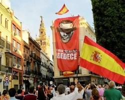 Sevilla vuelve a echarse a la calle para pedir la dimisión del Gobierno