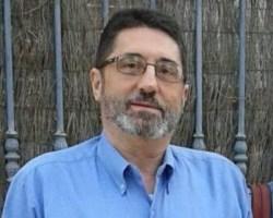 """""""Y dicen que pisamos la manguera"""". El escrito viral del médico y escritor Juan Manuel Jimenez Muñoz"""