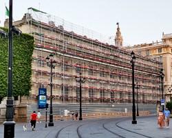 El Banco de España remoza su fachada por la Avenida