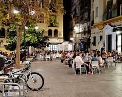 Devuélveme la vida, que me la has quitao: Sevilla quiere que Espadas se vaya