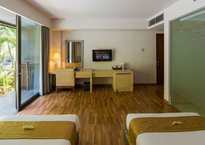 Hotel Le Grande Pecatu Bali Deluxe Room 05
