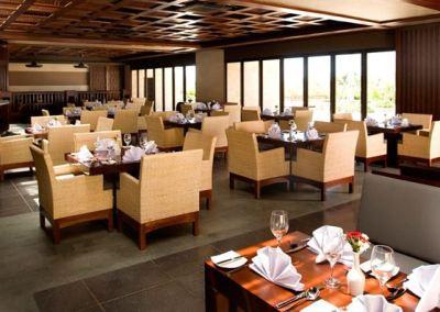 Hotel Le Grande Pecatu Uluwatu Bali D'Bar 02
