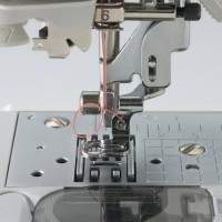 Brother SE400 Sewing needle and presser foot view