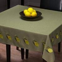 Singer S10 Studio embroidered table