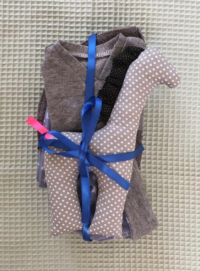 Zelfgemaakte jongens babykleding maat 50