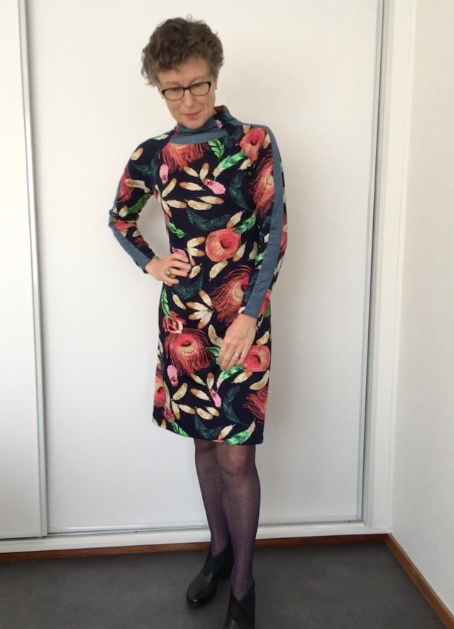 Misusu Patterns Stereo Sweater becomes fitted Dress