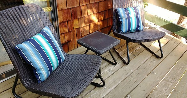 How to Sew a Zippered Outdoor Pillow Cover with Sunbrella