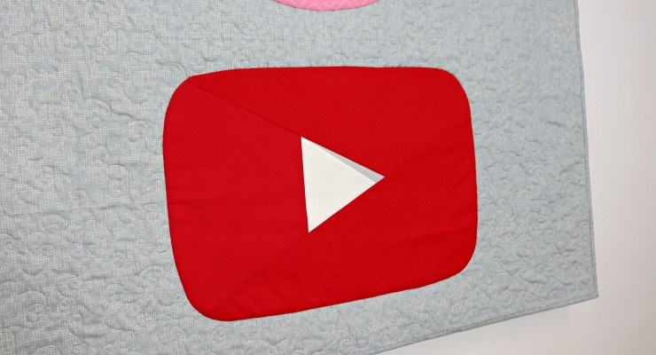 MAKING A YOUTUBE PLAY BUTTON QUILT | Inside My Sewing Projects