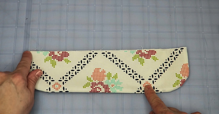 How to Make a Knitting Needle Case 15