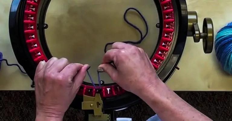 How to use knitting machine 4