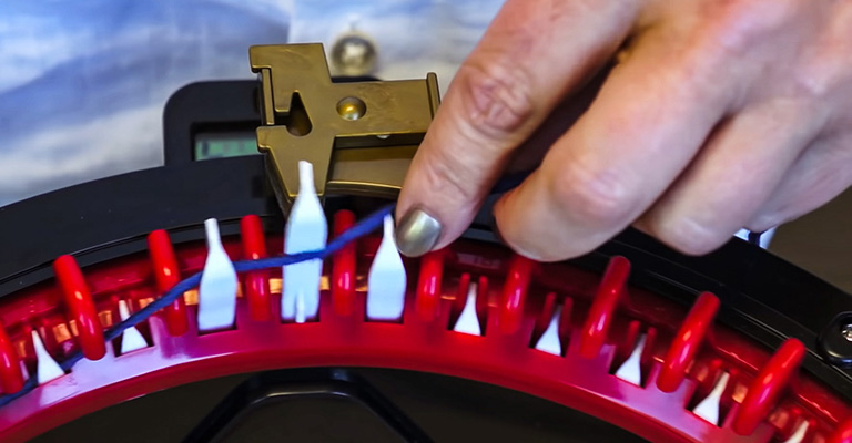 How to use knitting machine 5